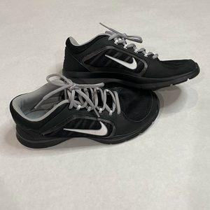 EUC Nike Women's Flex Trainer 4 Size 7